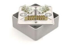 Nozarkārba IEK, IP40, balta, v/a ar klem. 100x100x29mm (UKO10-100-100-029-K01)(50)